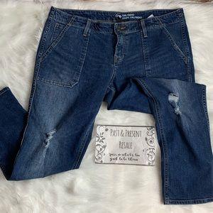 Gap girlfriend crop pants size 14/32 A